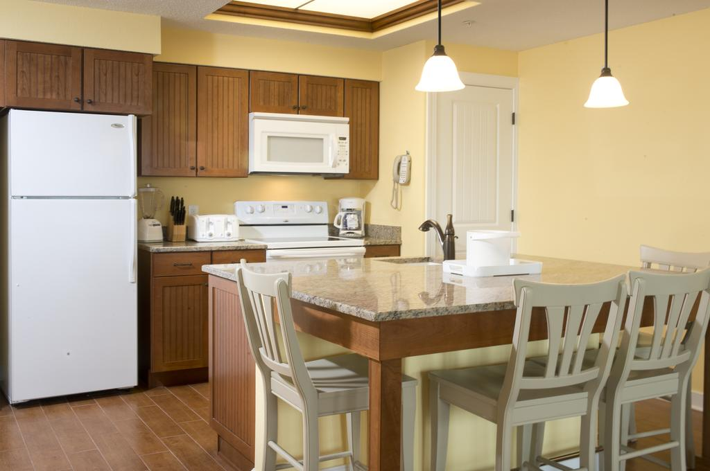 Bluewater by Spinnaker Resorts Kitchen