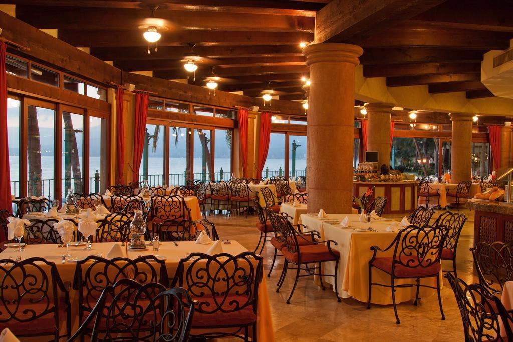 Villa Del Palmar Flamingos Beach Resort & Spa Dining