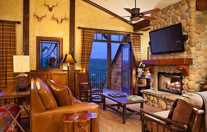 Wilderness Club At Big Cedar, Ridgedal MO living area